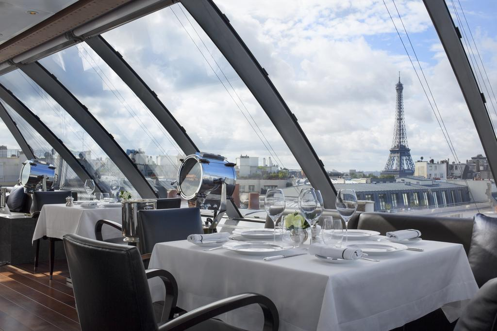 The Peninsula Hotels with Eiffel Tower View