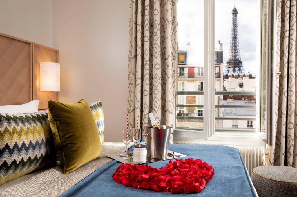 Le Jardins D'Eiffel Hotels with Eiffel Tower View