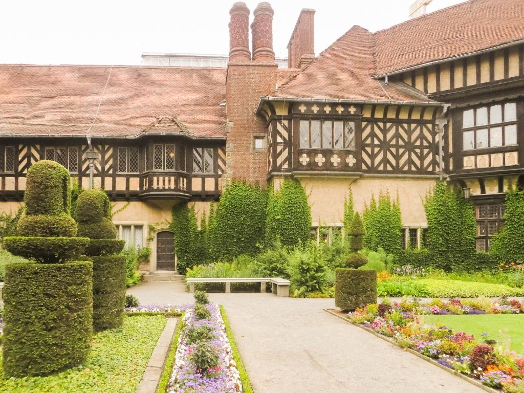 Schloss Cecilienhof, built-in 1917, is known for being the site of the Potsdam Conference. Now a museum, you can access the palace through Neuen Garten, or New Garden.
